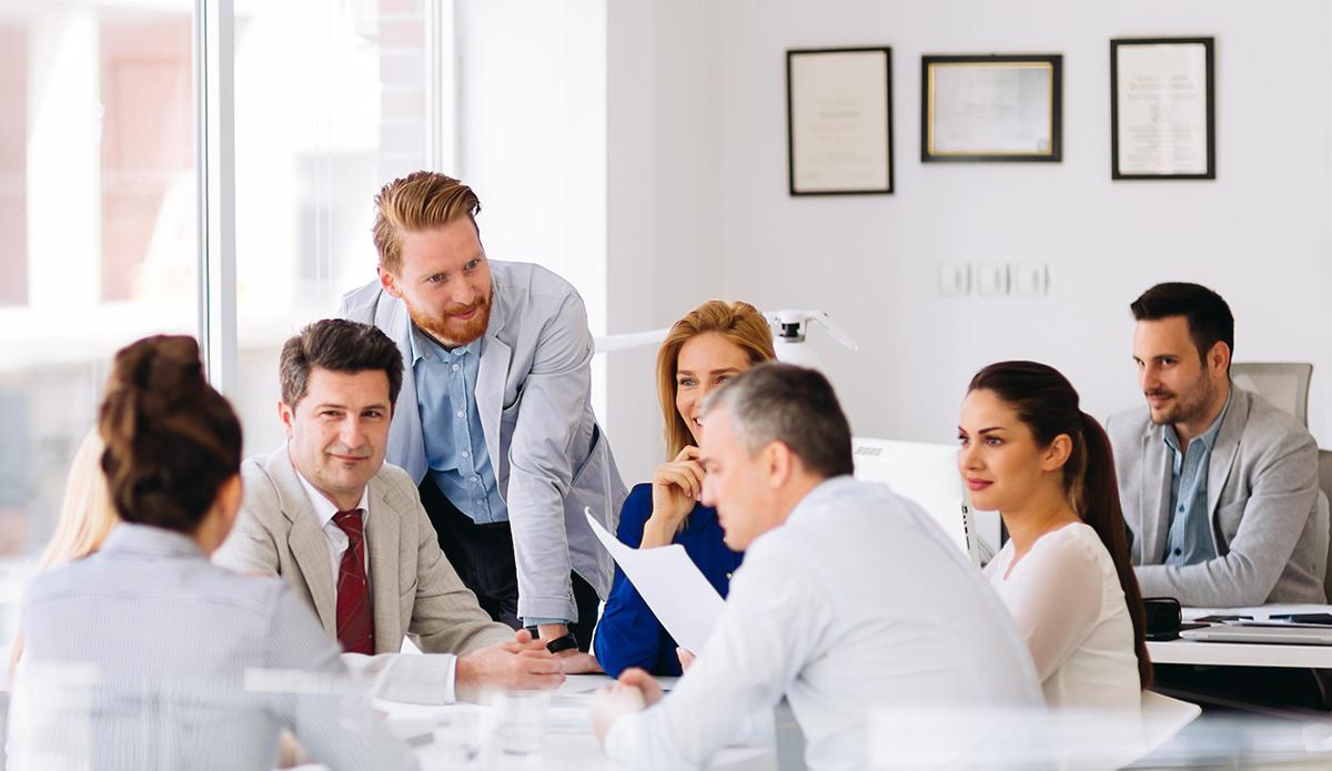 Cum să atrageți și să rețineți lucrătorii talentați?