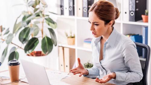 Cum să identificați epuizarea angajaților și să oferiți asistență?